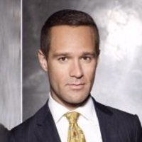 Rob Weiss played by Chris Diamantopoulos