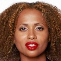 Renee Raddick played by Lisa Nicole Carson