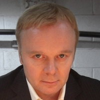 Herrick played by Jason Watkins