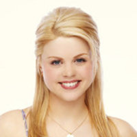 Ginny Thompson played by Bailey Buntain