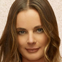Fiona Glenanne played by Gabrielle Anwar