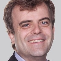 Steve McDonald played by Simon Gregson