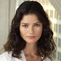 Dr. Jordan Cavanaugh played by Jill Hennessy
