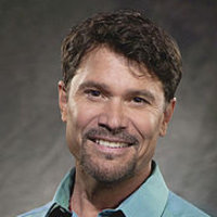 Bo Brady played by Peter Reckell