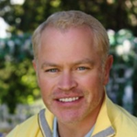 Dave Williams played by Neal McDonough