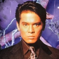 Ronald Sandoval played by Von Flores