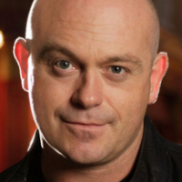 Grant Mitchell played by ross_kemp