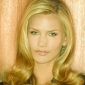 Taylor Wethersby played by Natasha Henstridge