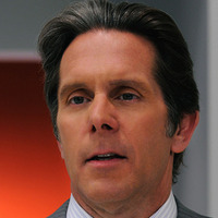 Andrew Klein played by Gary Cole