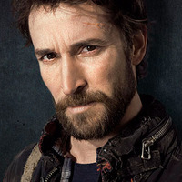 Tom Mason played by Noah Wyle