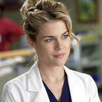 Dr. Lucy Fields played by Rachael Taylor