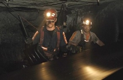 30 Days - 03x01 Working in a Coal Mine