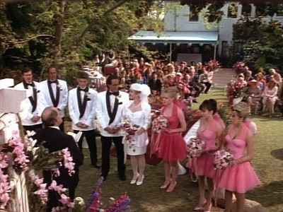 Beverly Hills, 90210 - 02x28 Wedding Bell Blues