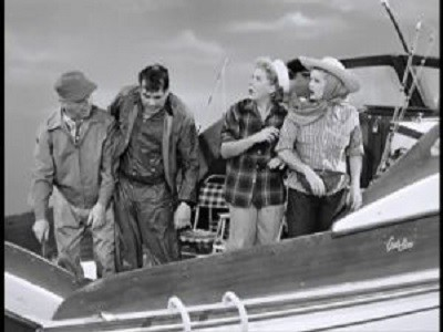 I Love Lucy - 06x07 Deep Sea Fishing