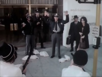 Kojak (1973) - 02x18 Queen of the Gypsies