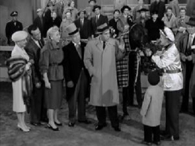 The Lucy-Desi Comedy Hour - 01x04 Lucy Wins a Racehorse