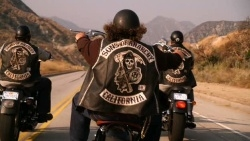 Sons of Anarchy - 01x01 Pilot