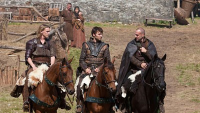 Camelot - 01x01 Homecoming