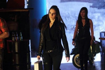 Lost Girl - 02x21 Into The Dark