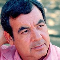 Howard Cunningham played by Tom Bosley
