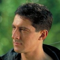Methos played by Peter Wingfield