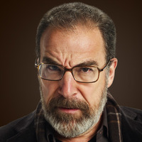 Saul Berenson played by Mandy Patinkin
