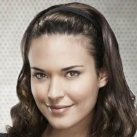 Dr. Jessica Adams played by Odette Annable