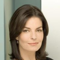 Stacy Warnerplayed by Sela Ward