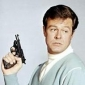 Kelly Robinson played by Robert Culp