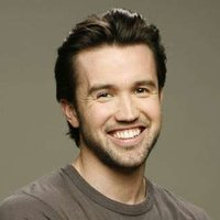 Mac played by Rob McElhenney