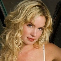Emily Sullivan played by Ashley Scott (II)