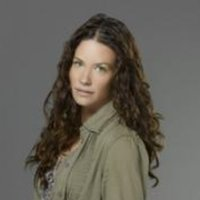 Kate Austen played by Evangeline Lilly