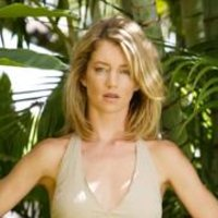 Elizabeth 'Libby' Smith played by Cynthia Watros