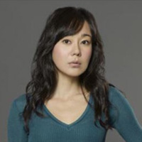 Sun Kwon played by Yunjin Kim