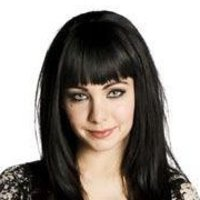 Kenzi played by Ksenia Solo
