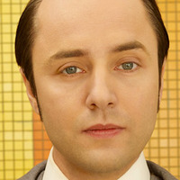 Pete Campbell played by Vincent Kartheiser