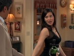George Lopez - 06x18 George Decides to Sta-Local Where It's Familia Screenshot