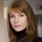 Veronica Hayden-Jones played by Jacqueline McKenzie
