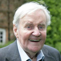 Hector MacDonald played by Richard Briers