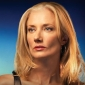 Julia McNamaraplayed by Joely Richardson