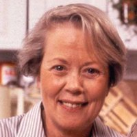 Margaret Meldrew played by Annette Crosbie