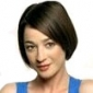 Karen Roe played by Moira Kelly