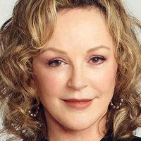 Camille Bravermanplayed by Bonnie Bedelia
