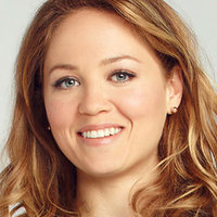 Julia Braverman-Graham played by Erika Christensen