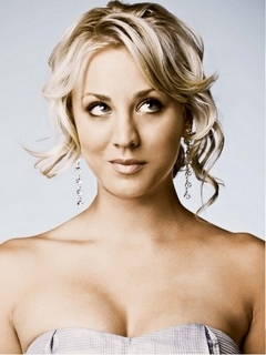 Kaley Cuoco - TV Celebrities - ...