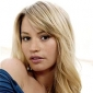 Paula Hargrove played by Cameron Richardson (II)