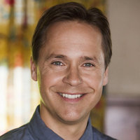 Byron Montgomery played by Chad Lowe