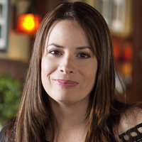 Ella Montgomery  played by Holly Marie Combs