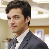 Ezra Fitz  played by Ian Harding (V)