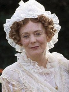 http://sharetv.org/images/pride_and_prejudice_uk/cast/large/mrs_bennet.jpg